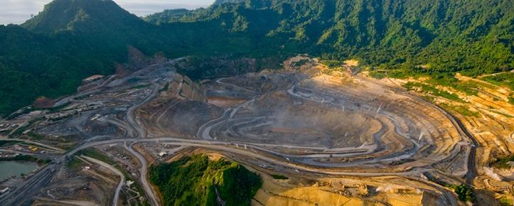 Lihir mine-aerial